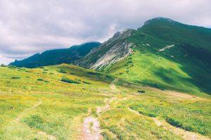 hiking-trail-336561_640